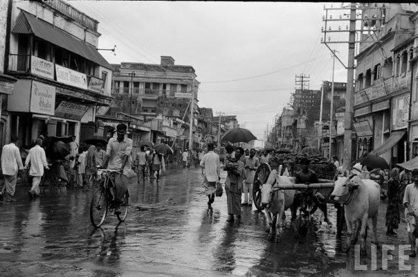 চুয়ান্ন (১৯৫৪) সালের ঢাকার রাস্তা